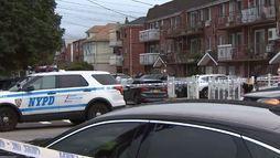 Cinco pessoas, incluindo três bebês, são esfaqueadas em creche em Nova York ()