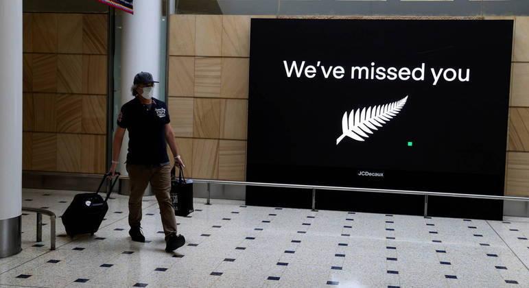 Governo da Nova Zelândia volta a fechar fronteiras para australianos