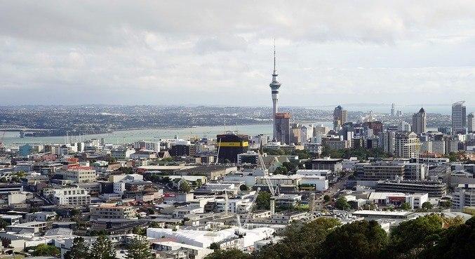 Nova Zelândia confina Auckland por 1 semana após novo caso de covid
