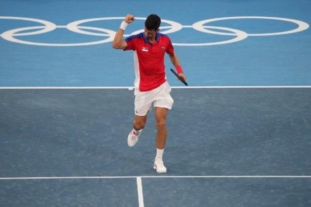 Novak Djokovic venceu mais uma em Tóquio. O atual número 1 do ranking mundial derrotou o alemão Jan-Lennard Struff por 2 sets a 0 (parciais de 6/4 e 6/3) e avançou para a terceira rodada da chave masculina. Ele enfrentará o espanhol Alejandro Davidovich Fokina, atual número 34 do mundo.