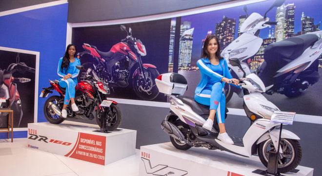 Novas HaoJue DR 160 (street) e VR 150 (scooter) são destaques no estande da marca / Foto: Fabiano Godoy/MinutoMotor
