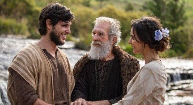 Noé vai se envolver com Naamá (Rafaela Sampaio/ Cássia Linhares), uma mulher doce e guerreira.