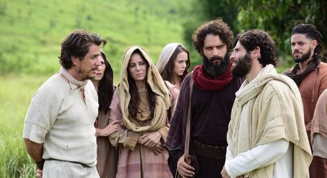 Jesus avisa os apóstolos sobre o demônio que há entre eles