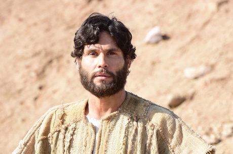 Jesus avisa que apóstolos  irão a Jerusalém