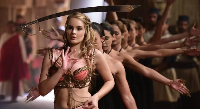 Valentina ensaiou a coreografia de Salomé durante três meses