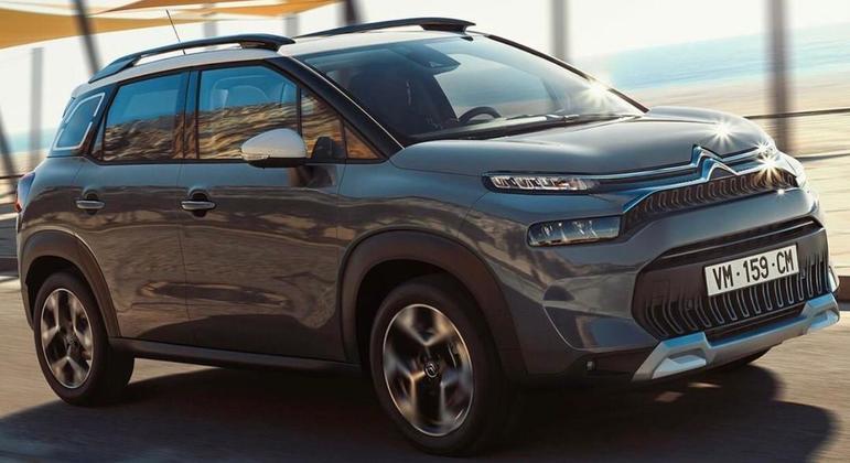 Modelo também terá motor 1.5 diesel de 110 ou 120cv