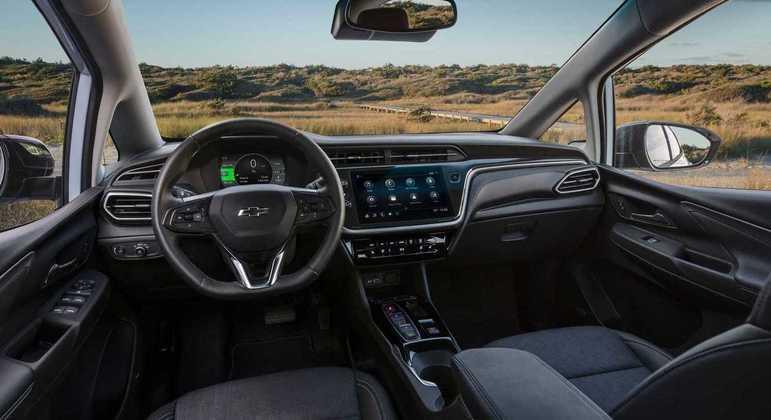 Modelo conta com multimídia de 10,2 polegadas com Apple CarPlay e Android Auto
