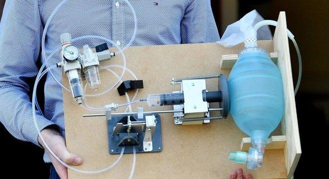 Inventores de todo o mundo estão trabalhando no design e fabricação de novos respiradores artificiais