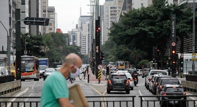 Pico de congestionamento caiu de 24 km para 5 km em uma semana