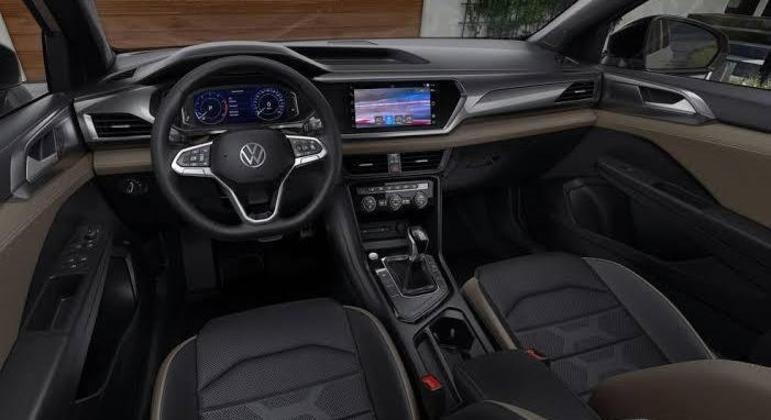 Carro detecta obstáculos na parte traseira e emite alertas sonoros e até vibração no volante