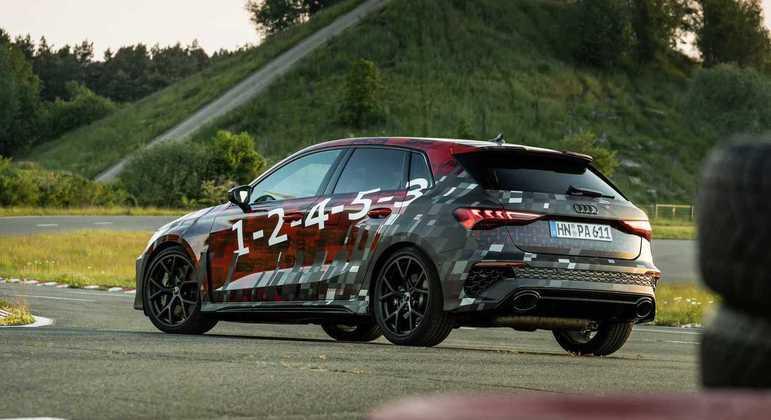 RS3 Sedan e RS3 Sportback ainda contam com Audi Drive Select