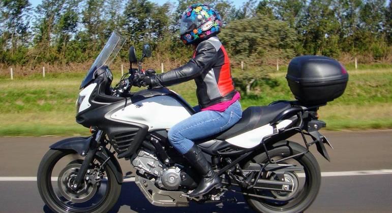 Cada vez mais, vemos mulheres utilizando motos de alta cilindrada para viajar