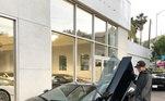 O norte-americano ainda chegou mostrar uma outra Lamborghini