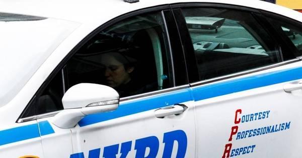 Em 12 horas, Nova York tem tiros contra policiais e ataque a delegacia