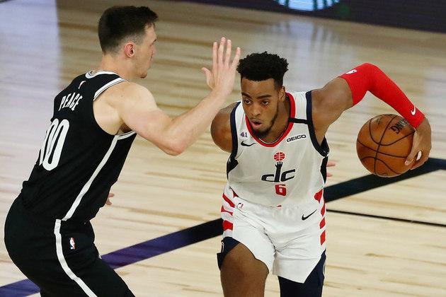 O ala-armador Troy Brown (Washington Wizards) foi muito bem na partida diante do Brooklyn Nets, no domingo. Brown ficou muito próximo de obter um triplo-duplo ao contabilizar 22 pontos, dez rebotes e oito assistências, uma de suas melhores aparições pelo Wizards. Com a segunda derrota, a equipe está cada vez mais distante dos playoffs