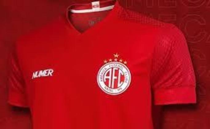 O América-RN tem estrela dourada e prateada em seu escudo. As douradas representam o tetra potiguar (1979/80/81/82) e a prateada, a Copa do Nordeste (1998).
