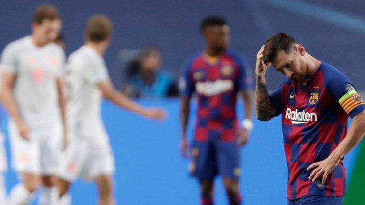 O ano de 2020 marcou a maior derrota da história do gigante Barcelona. Na Liga dos Campeões desse ano, o time de Messi e companhia foi eliminado pelo Bayern de Munique por 8 a 2. O time da Bavária se consagrou campeão dessa edição da Champions depois de alguns dias.