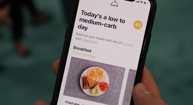 Aplicativo dá conselhos sobre o que usuário deve comer naquele dia