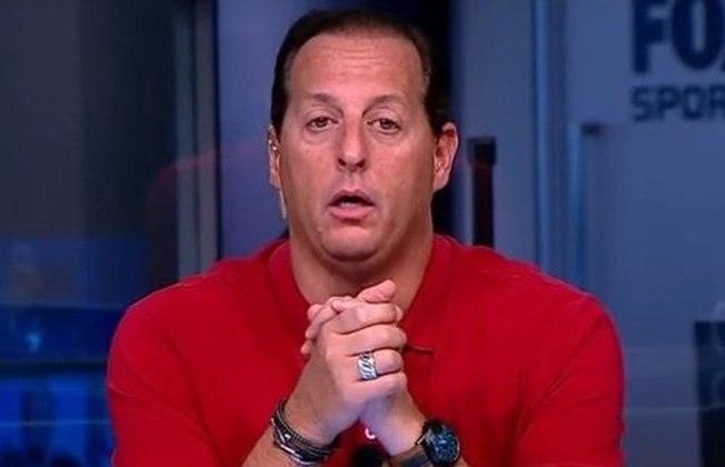 O apresentador Benjamin Back trocou a Fox Sports pelo SBT. Ele está no comando do programa