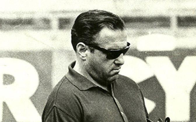 O argentino Filpo Núñez treinou o Sport em 1983, última vez em que o clube pernambucano teve um estrangeiro no comando. Já Núñes teve longa carreira como técnico no futebol brasileiro, começando nos anos 50 e passando por mais de 25 clubes