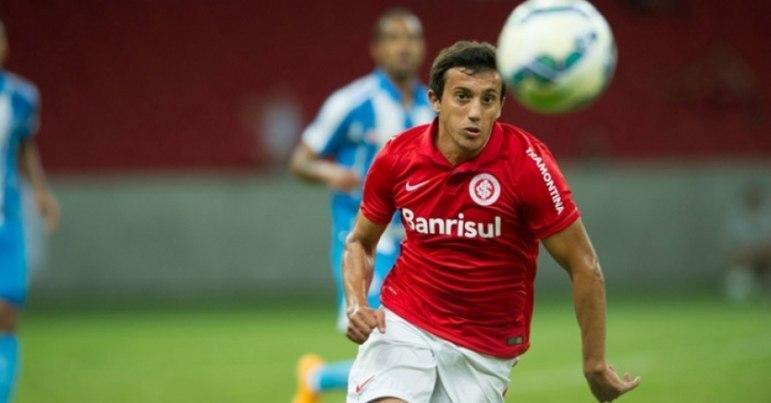 O argentino Luque chegou sob forte esperança ao Beira-Rio. Após um começo promissor, foi perdendo fôlego e não deixou saudades. Fez 14 partidas, sem marcar gols.