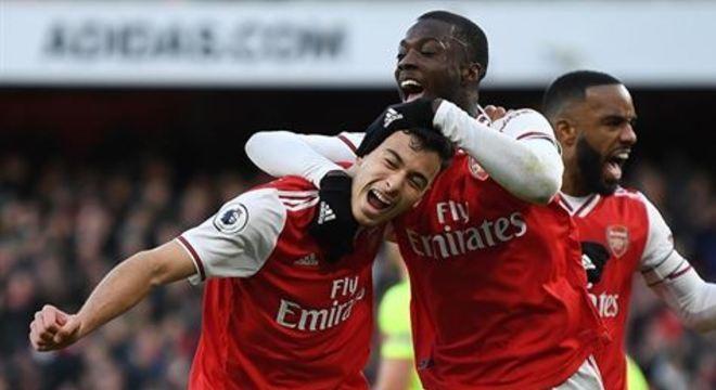 O Arsenal é o atual 10º colocado da Premier League com 29 pontos, dez a menos que o Chelsea, quarto e último integrante da zona de classificação para a Champions