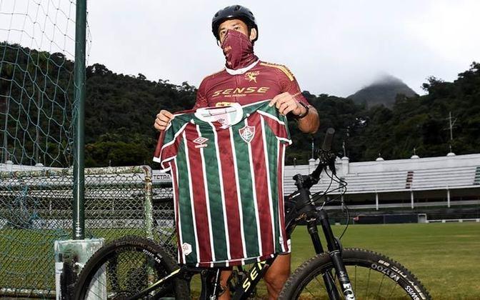 O atacante agora retorna a Belo Horizonte, onde fará os treinamentos virtuais, enquanto o elenco profissional seguir treinando de casa.