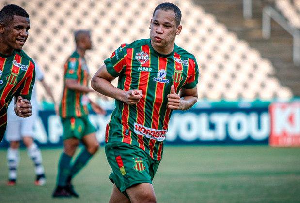O atacante Caio Dantas foi o artilheiro da Série B de 2020. Ele marcou 17 gols em 33 jogos com a camisa do Sampaio Corrêa. Ele foi negociado e atualmente defende o Guangzhou City, da China.