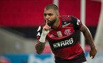 O atacante do Flamengo Gabigol foi flagrado, na madrugada do dia 14 de março, em um cassino clandestino na Vila Olímpia, Zona Sul de São Paulo e conduzido à Delegacia de Crime contra a Saúde Pública.