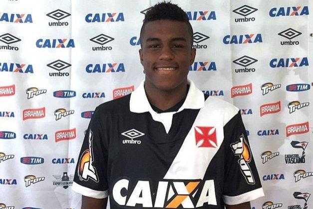 O atacante Erick Luis é mais um que sequer jogou em 2015, pelo Vasco. Teve contrato de dois anos, só foi emprestado e, atualmente, está no São Bento.