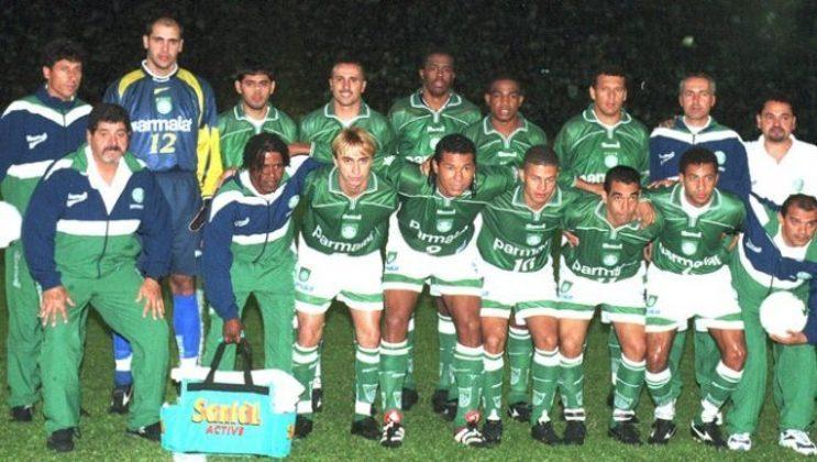 O atacante Oséas, um dos personagens da conquista da Libertadores de 1999 pelo Palmeiras, completa 49 anos nesta quinta-feira (14). Com isso, o LANCE! mostra onde estão os jogadores que fizeram parte dessa conquista histórica do Verdão.