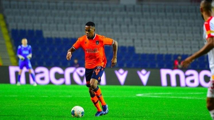 O atacante Robinho, ídolo do Santos, está sem clube desde agosto desse ano, quando deixou o Basaksehir, da Turquia. Seu valor de mercado é de 500 mil euros (cerca de 3,3 milhões de reais), de acordo com o Transfermarkt.