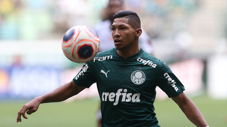 O atacante Rony só ficou no banco em sua estreia, entrando durante o 0 a 0 diante do Santos.