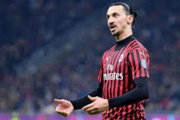 O atacante Zlatan Ibrahimovic, de 39 anos, tem contrato com o Milan até junho de 2021 e já pode assinar pré-contrato com outro clube.