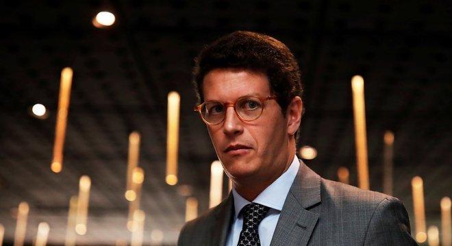 O ministro do Meio Ambiente, Ricardo Salles; para Sarney Filho, titular atual cumpre determinações do governo para 'desmonte' da política ambiental