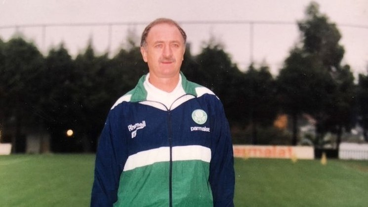 O atual treinador do Cruzeiro já foi carrasco no passado. Em 1998, Felipão conseguiu seus primeiros títulos no Palmeiras e fez a Raposa como sua vítima. O treinador foi campeão da Copa do Brasil e da Mercosul batendo os mineiros.
