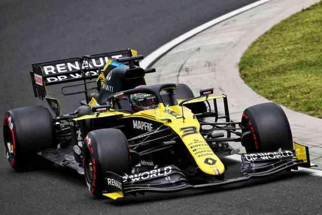 O australiano ficou mais de dois segundos atrás do tempo do pole no Hungaroring