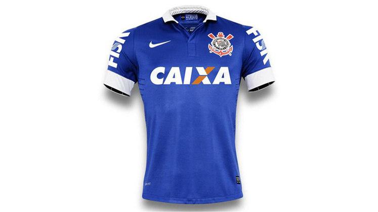 O azul ditou o tom da camisa 3 corintiana em 2013, em referência ao dia no qual o Corinthians representou a Seleção Brasileira em amistoso com o Arsenal em Londres, no ano de 1965.