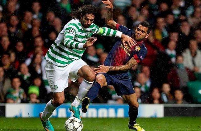 O Barcelona teve 89% de posse de bola e 23 chutes ao gol, mas saiu com a derrota diante do Celtic, que abriu o placar aos 21 minutos, e ampliou a vantagem aos 34 do segundo tempo. Messi descontou aos 46 da etapa final, mas não foi o suficiente.