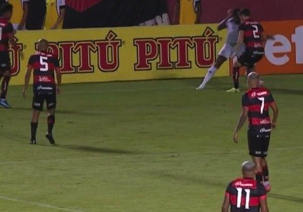 O Botafogo desperdiçou uma chance de