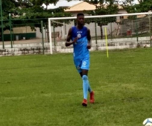 O Botafogo também se mexeu no mercado e trouxe o atacante Matheus Babi, que estava no Macaé. O atacante chega por empréstimo até o final da temporada junto ao Serra Macaense.