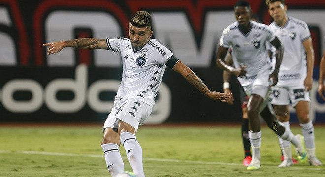 ATUAÇÕES: Em dia de pouca inspiração individual, Botafogo fica no empate com o Atlético-GO
