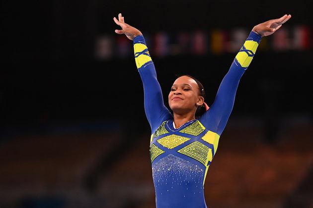 O Brasil conquistou mais uma medalha de ouro nas Olimpíadas de Tóquio! Prata na individual geral, Rebeca Andrade conquistou o lugar mais alto do pódio no salto neste domingo. É o segundo ouro do Brasil nos Jogos Olímpicos. Na natação, Bruno Fratus conquistou a medalha de bronze nos 50m livre.
