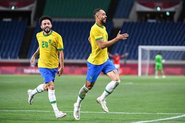 O Brasil está na semifinal dos Jogos Olímpicos de Tóquio. Atual campeão olímpico do futebol masculino, a Seleção Brasileira venceu o Egito por 1 a 0, com gol de Matheus Cunha, e se garantiu pelo menos na disputa pela medalha de bronze.