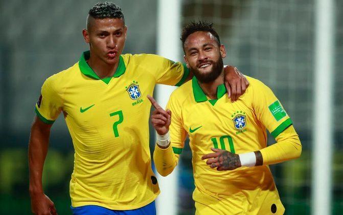 O Brasil passou sufoco, mas venceu o Peru por 4 a 2, de virada, na noite desta terça-feira, pelas Eliminatórias para a Copa do Mundo de 2022. O grande nome da partida foi Neymar, que marcou três gols e participou das principais jogadas da Seleção Brasileira em Lima. Confira todas as notas do LANCE! (por Gabriel Grey).