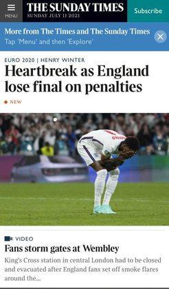 """O britânico """"The Times"""" ressaltou o sentimento de """"desgosto"""" com a derrota nos pênaltis."""