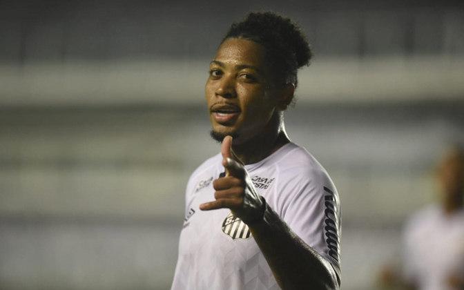 O camisa 11 santista é o artilheiro do time no Brasileiro, com onze gols marcados, além de quatro assistências, sendo líder da equipe em ambos os quesitos.