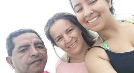 Gonçalo, Adelina e a filha: nova vida após o acidente