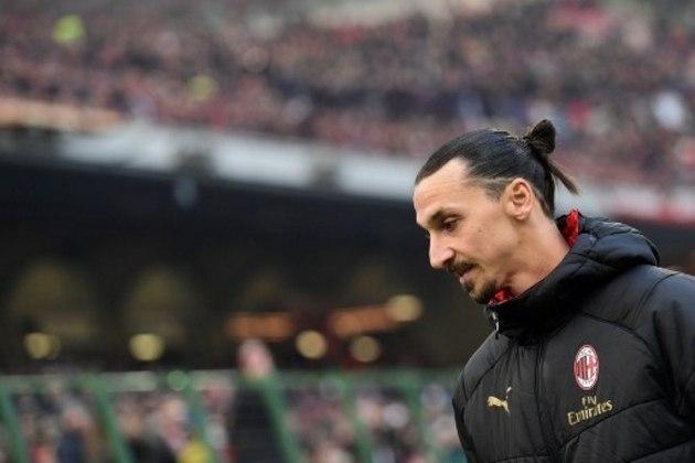 O centroavante Ibrahimovic já começa a pensar na vida após pendurar as chuteiras.  Embora sua preferência seja o ramo de agenciar jogadores, Ibra tem perfil de treinador para o futuro.