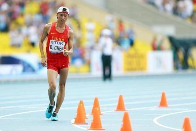 O chinês Chen Ding bateu o recorde olímpico na prova de 20 quilômetros da marcha atlética. O feito aconteceu nos Jogos de Londres, na Inglaterra, em 2012, com o tempo de 1h18min46s.